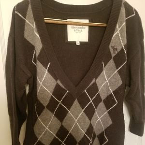 Vtg Abercrombie and Fitch Large Argyle Sweater